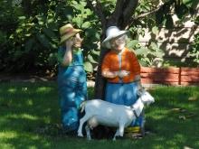 Bauernpaar Gartenfiguren